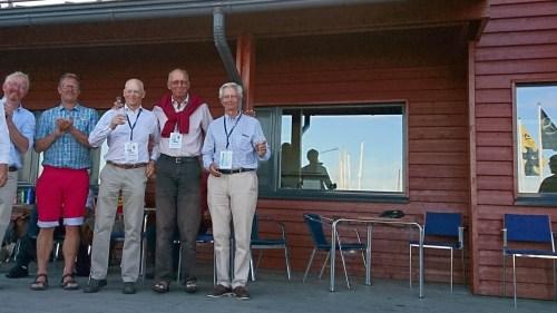 Bästa svenska besättning blev niondeplacerande Åke Ljungqvist, Anders Olsen och Per Wärnegård (de tre till höger i bild).