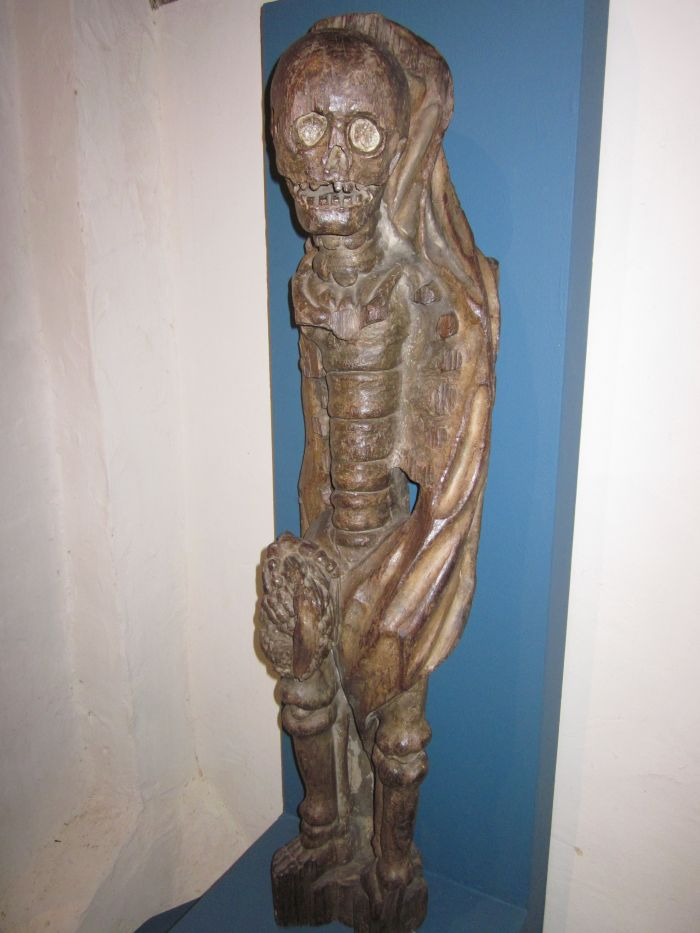 Wooden statue of Ankou, the Grim Reaper © Wendy Mewes