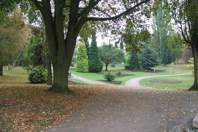Miners Welfare Park, Bedworth © Copyright Niki Walton and licensed for reuse under this Creative Commons Licence http://www.geograph.org.uk/photo/583135