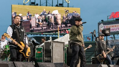 Photo of AIG Fenway Hurling Classic Featuring the Dropkick Murphys 11-22-15