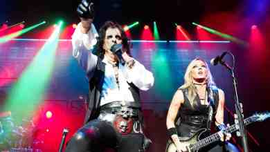 Photo of Photos: Alice Cooper And Halestorm