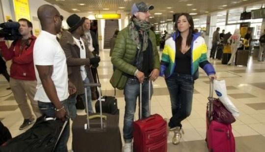 kaya i dzek dzunior na aerodromu
