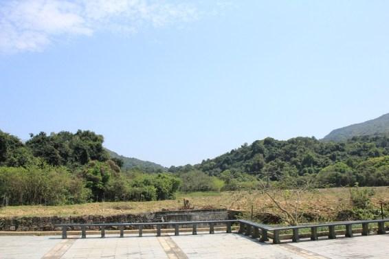 圍村前的耕地