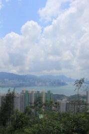 於副峰欣賞維港景色