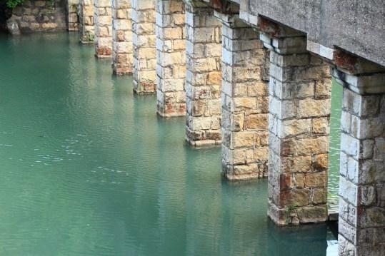 大潭篤的石橋
