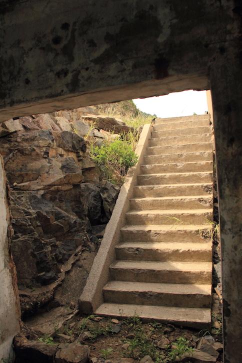 往碉堡的梯級