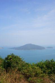 在觀景亭遠眺東龍島