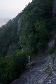 石馬脊上的一幅直崖