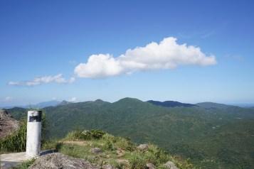 牛耳石山及岩頭山一帶