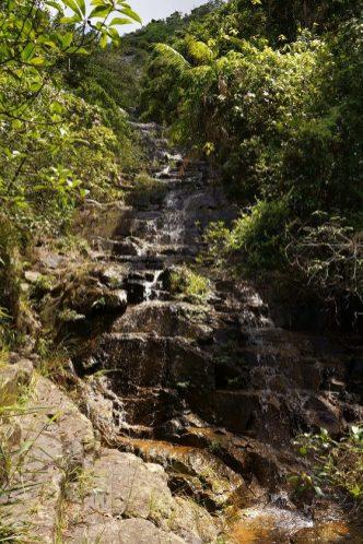 陡直的梯瀑