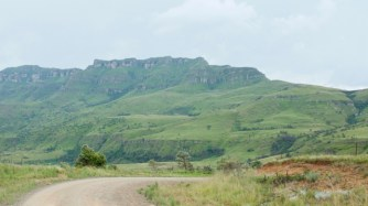 africa-07g-_wfw2226-berg-foothills