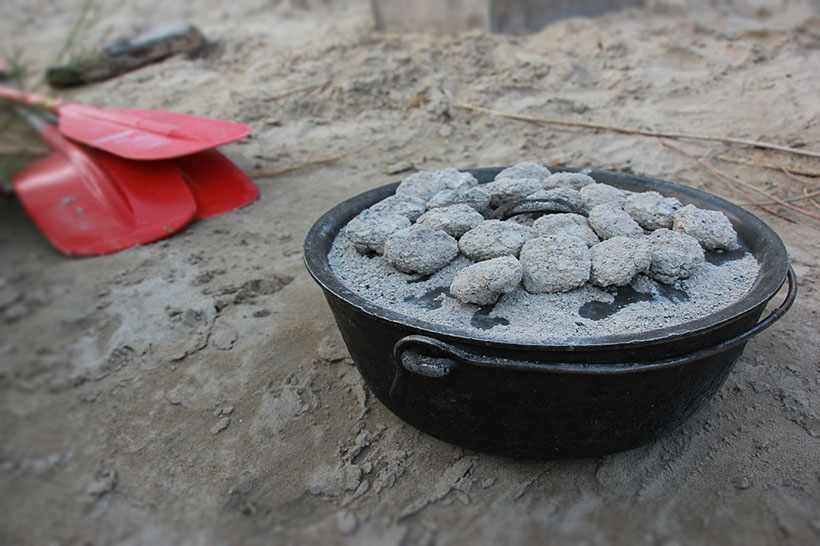 Cast Iron pot cooking