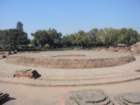 Grundmauern der Dharmarajika Stupa