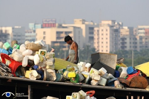 plastic-recycling_31364570831_o
