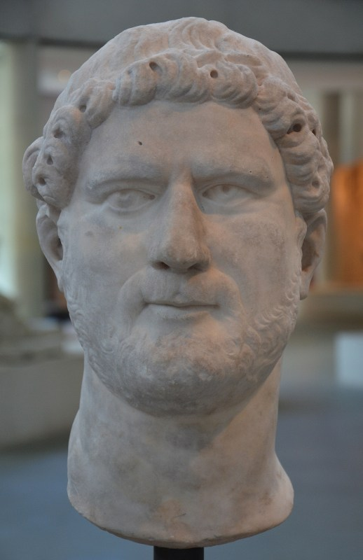 Presumed head of Hadrian, Musée de l'Arles antique