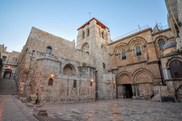 The Church of the Holy Sepulchre, the place where © Jorge Láscar