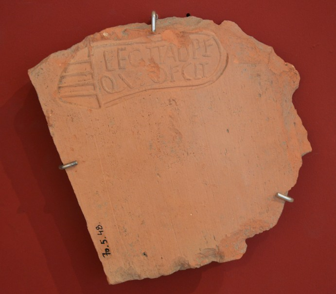 LEG(ionis) II AD(iutricis) P(iae) F(idelis) QUAD(us?) F(e).