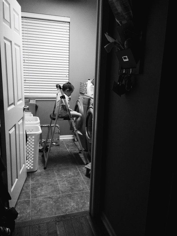 stacy's laundry room (b/w)