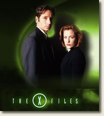 """Photo of Mulder and Scully from """"The X Files"""""""