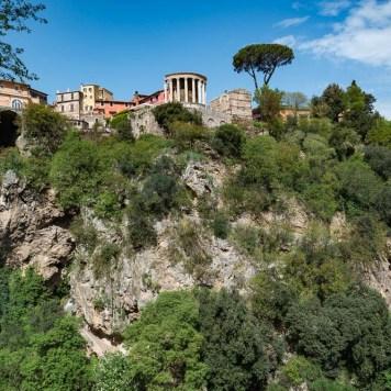 Following the sky Italy Tivoli travel-6