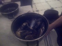 Steamed oysters with smoke flavor