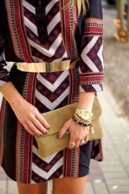 smalto-scuro-estate-consigli-outfit-colorato-1