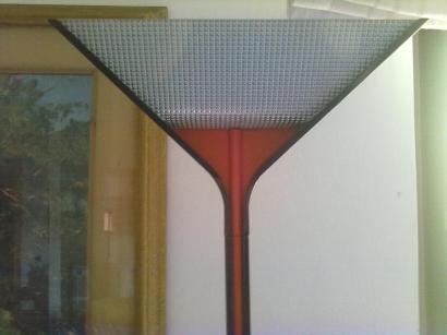 Papillona - lampada da terra disegnata da Tobia Scarpa - 1975