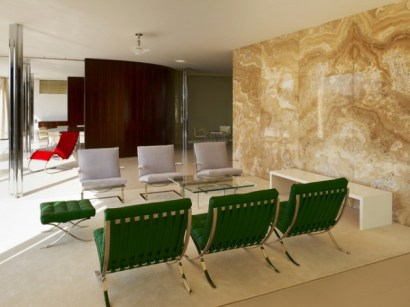 Mies Van der Rohe - villa Tugendhat immagine tratta da: www.architizer.com