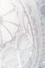 week-end-color-off-white-architecture-elegant-dome