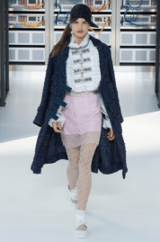 back-to-basic-practically-long-tweed-jacket-chanel-ss17-followmeesh