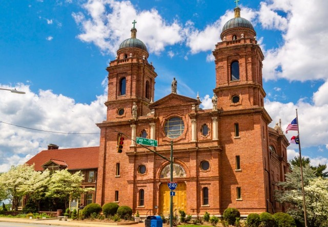 Basilica of Saint Lawrence - Photographic Tour of Historic Downtown Asheville, N