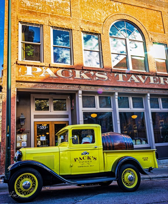 Pack's Tavern - - Photographic Tour of Historic Downtown Asheville, NC