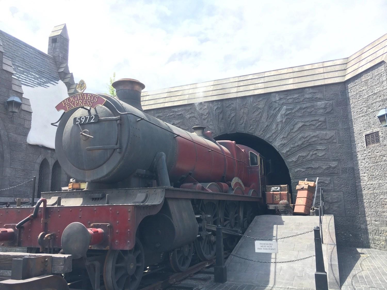 Platform 934 - Orlando Hogwarts Express
