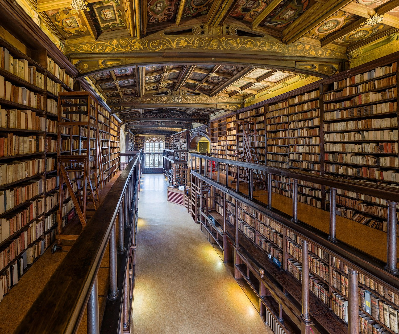 Duke Humfrey's Library Interior