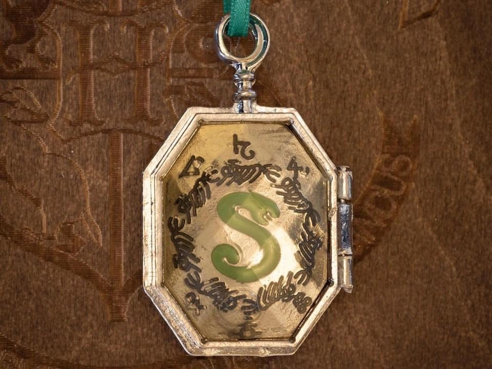 Harry Potter Ornaments - Slytherin Locket