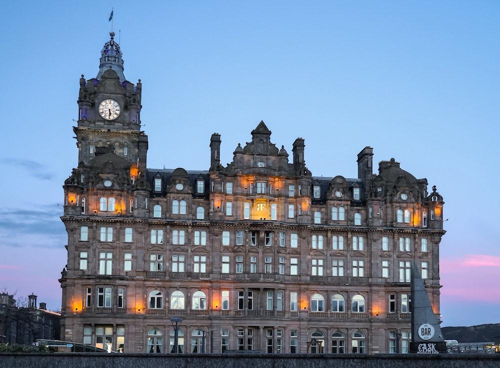 Harry Potter in Edinburgh - Balmoral Hotel