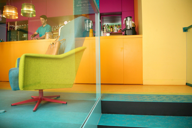 follow-the-colours-cafe-in-07