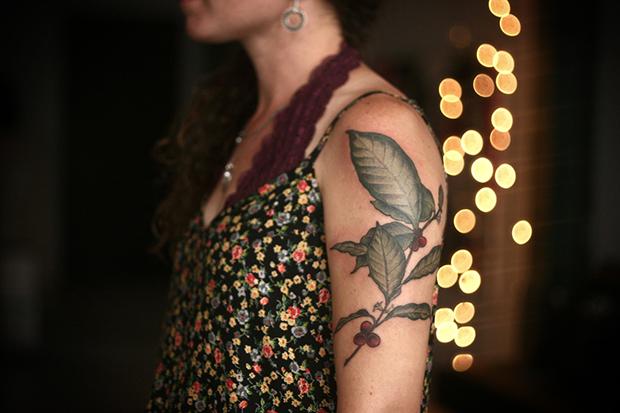 follow-the-colours-tatuagens-botanicas-alice-carrier-17