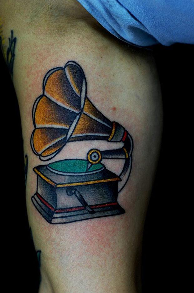follow-the-colours-brice-gomes-tattoo