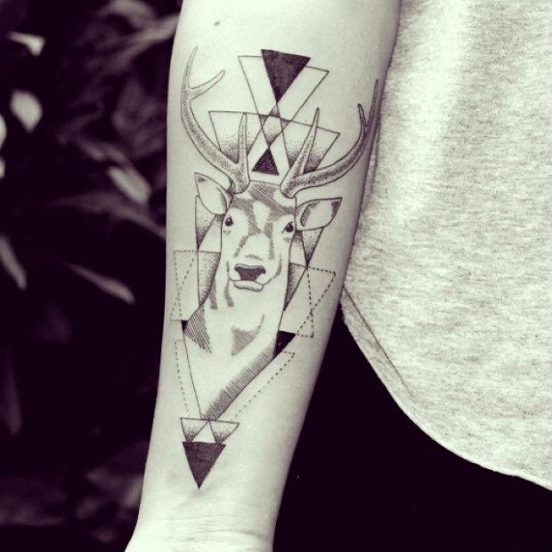 follow-the-colours-matheus-dias-design-tattoo-friday-23