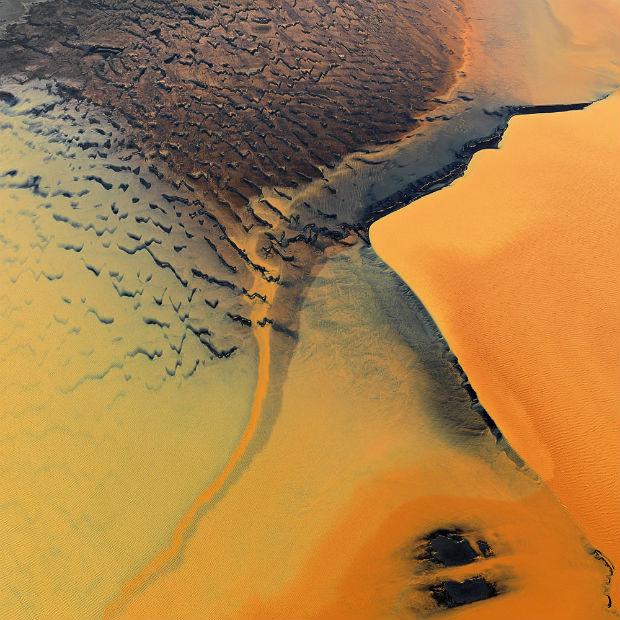 follow-the-colours-Bernard-Edmaier-colours-of-the-earth-04