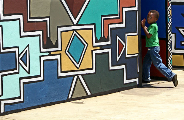 follow-the-colours-aldeia-Ndebeles-africa-do-sul-01