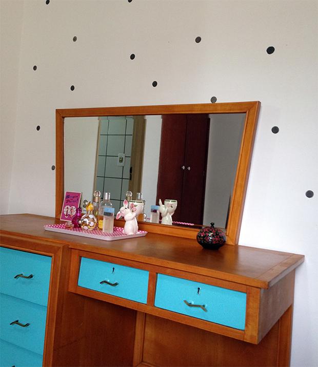 follow-the-colours-parede-bolinhas-DIY-decor-08