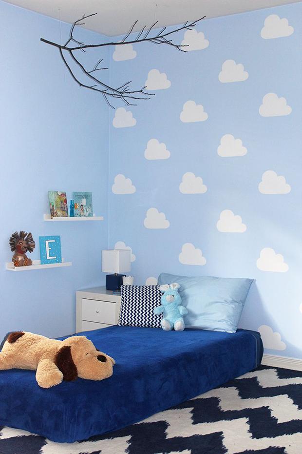 follow-the-colours-stencil-nuvem-parede-DIY-14