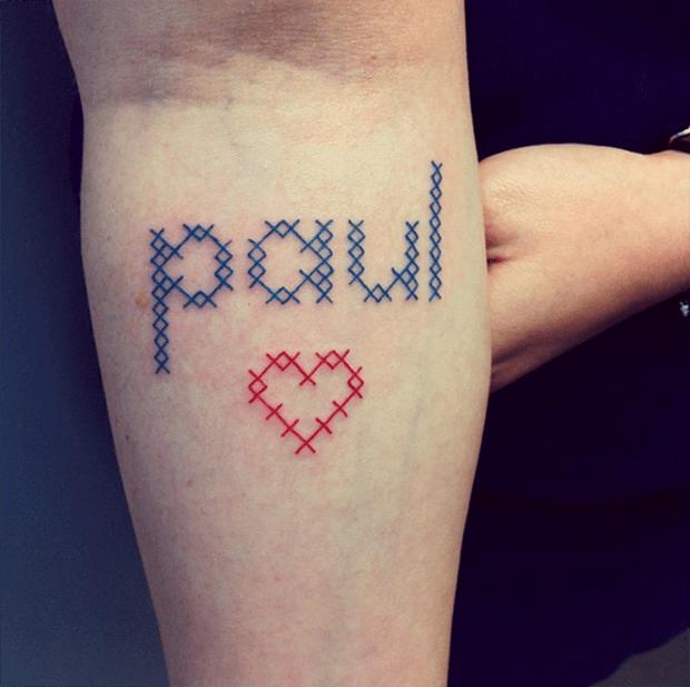 tatuagem ponto cruz Mariette Paul