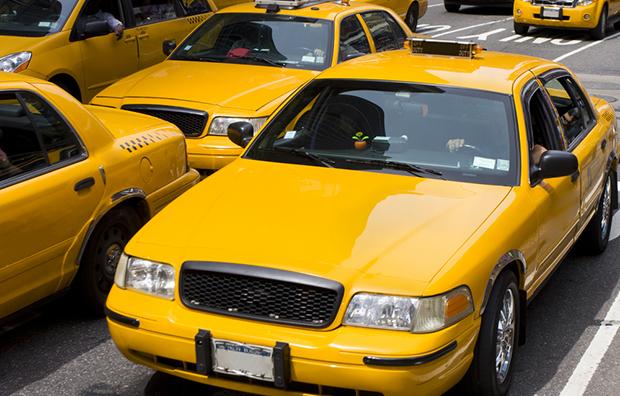 Amarelo yellow cores curiosidades taxi shutterstock_54173464