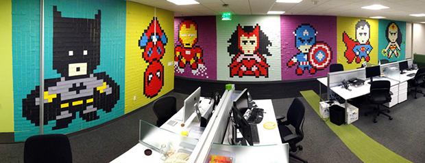 Post its super-heróis escritório Ben Brucker 10