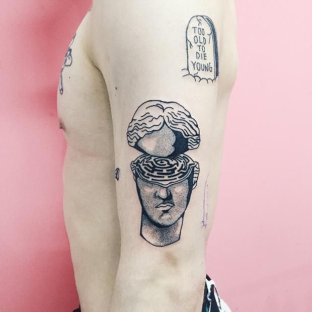 Kim Michey tatuagem tattoo cabeça