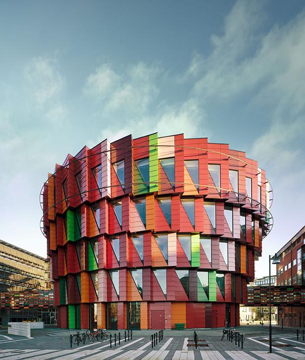 follow-the-colours-arquitetura-colorida-Kuggen-Gotemburgo-Suecia-02