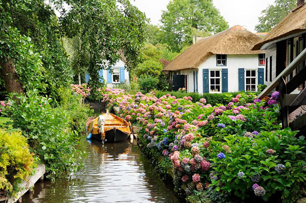 follow-the-colours-giethoorn-1
